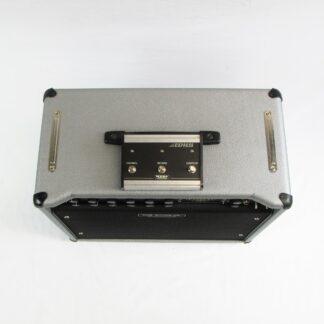Used Behringer K450FX Keyboard Amp